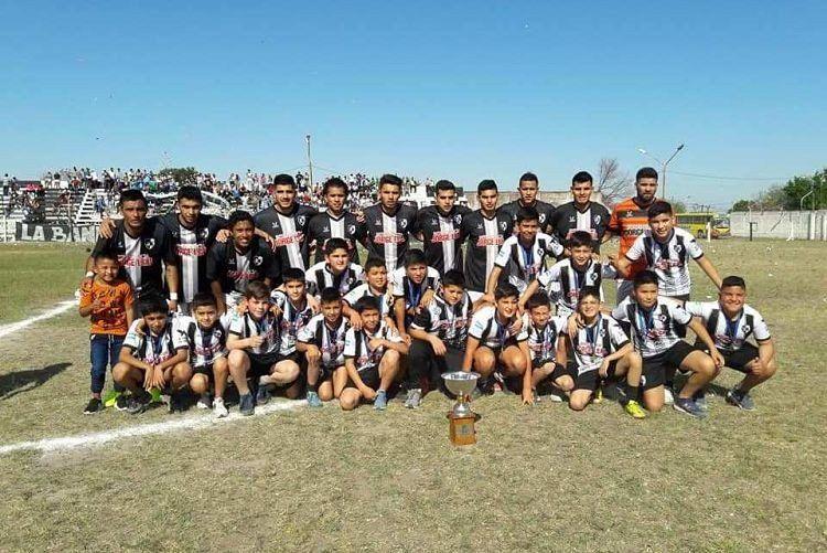 Liga Tucumana: la continuidad del Petit dejó un empate en Burruyacú