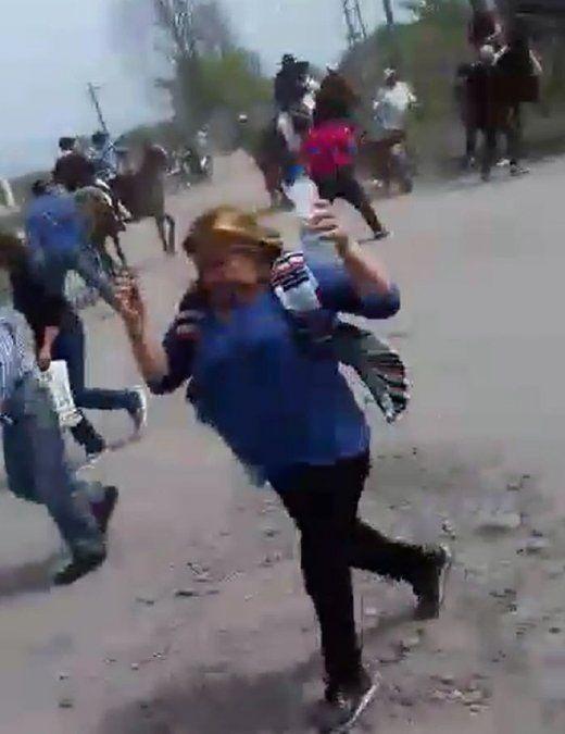Tiros y machetazos en una peregrinación en La Trinidad
