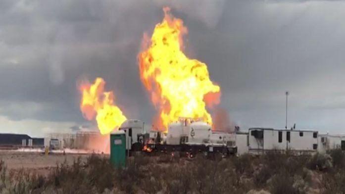 Vaca Muerta: impactante incendio en un pozo de YPF