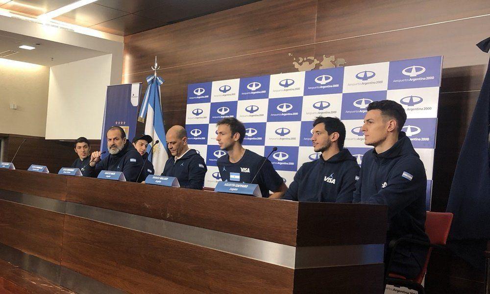 La selección de básquet volvió al país después del subcampeonato del mundo