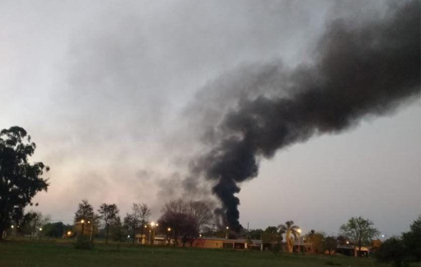 Aguilares: incendio en la fábrica Alpargatas