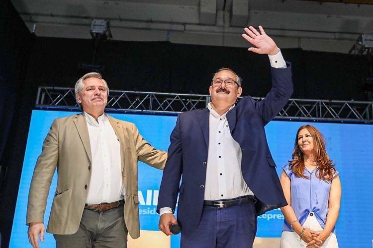 """Alberto Fernández: """"Sé que voy a recibir una Argentina que gobernaron ladrones de guante blanco"""""""