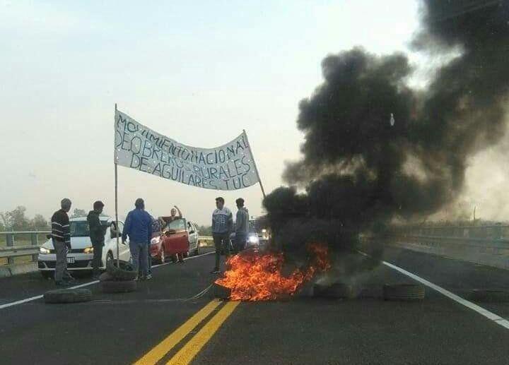 Disidentes de UATRE y la CCC realizaron cortes de ruta