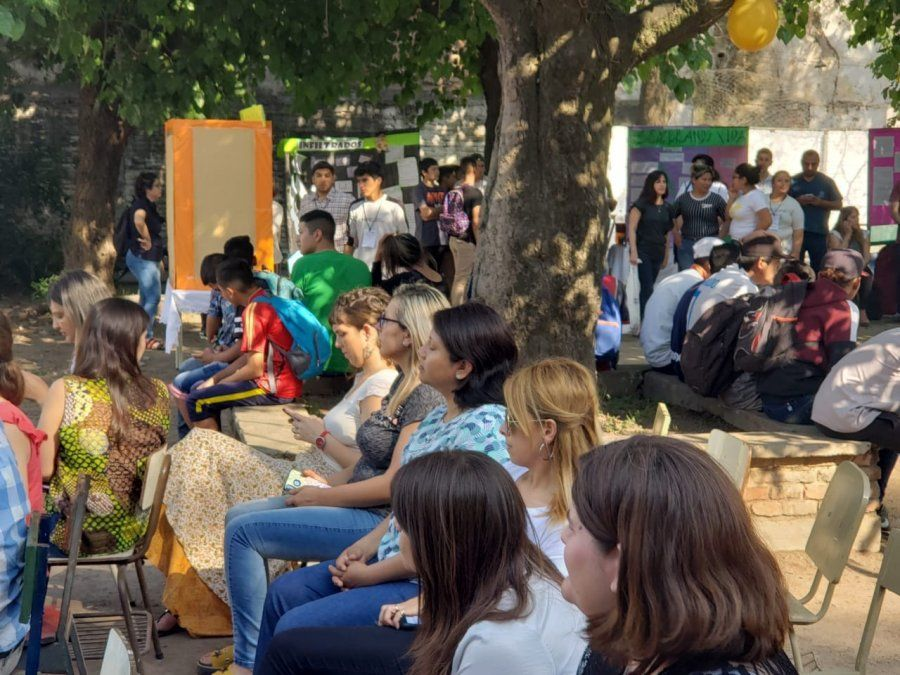 La Feria de Ciencias recibió a alumnos en contextos de encierro