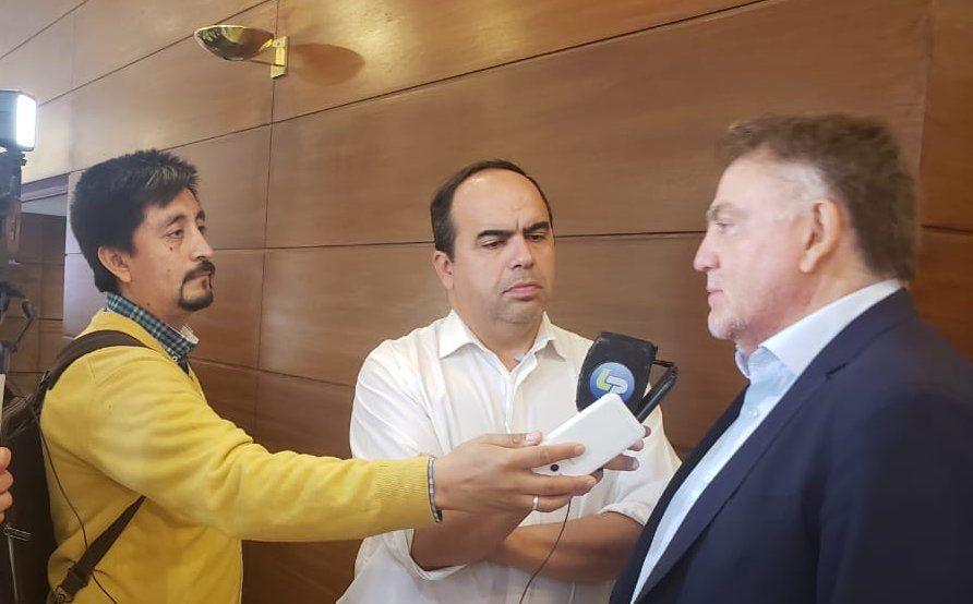 Domingo Amaya en conferencia de prensa