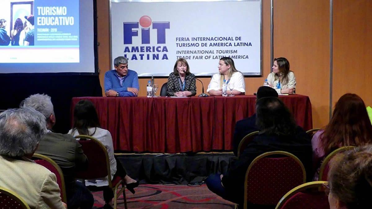 Presenta ción de Tucumán Destino Educativo (TDE).