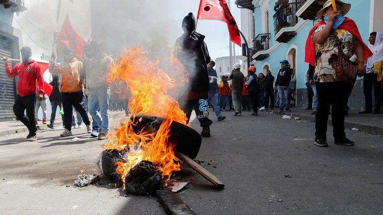 Confirmaron cinco muertos por protestas en Ecuador
