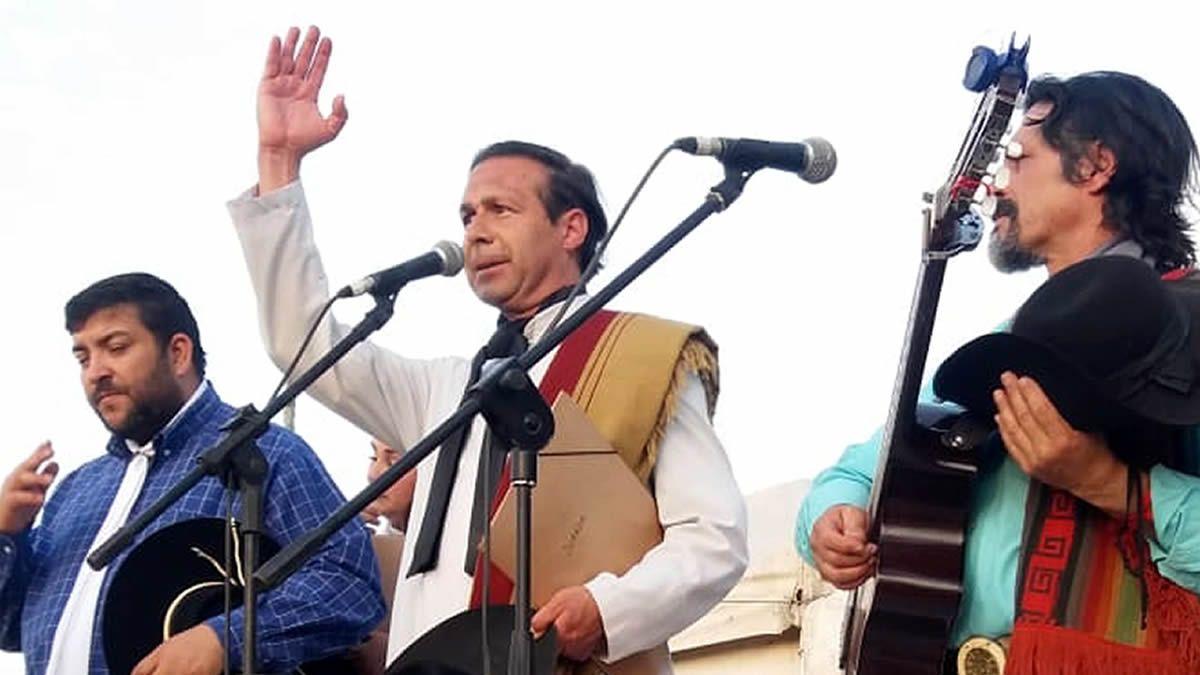 Oscar Terán (centro de la foto).