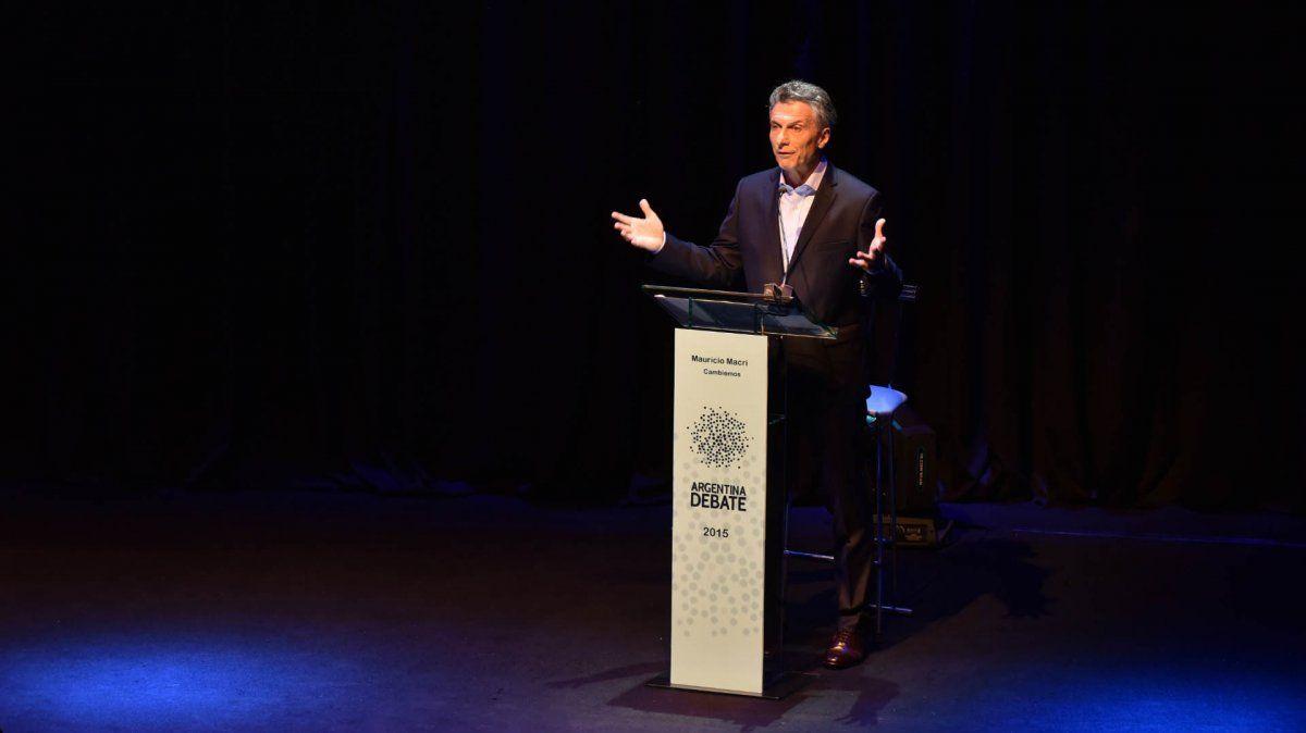 Macri redujo su agenda oficial y se prepara para el debate