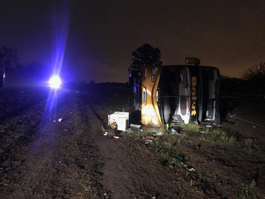 El siniestro fatal fue sobre la zona de la autopista. Foto Luis Medina.