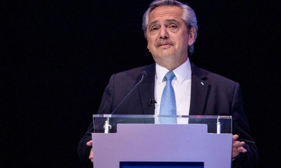 El gobernador santiagueño valoró las exposiciones de Alberto Fernández en el debate.
