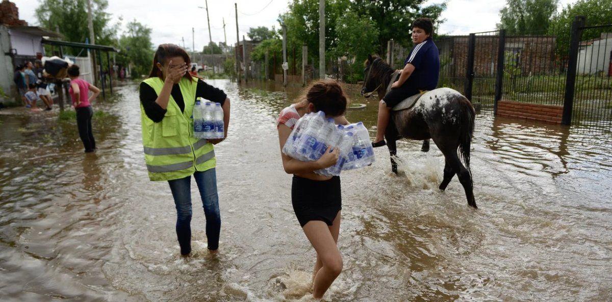 Los 5.000 evacuados no pueden regresar