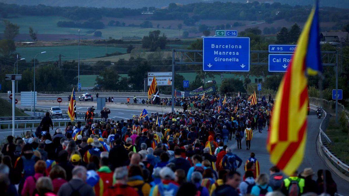 No hay argentinos detenidos o heridos en Cataluña