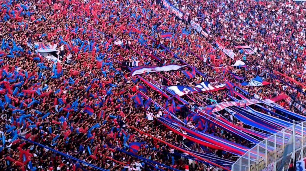 Barras de San Lorenzo hablaron con el plantel