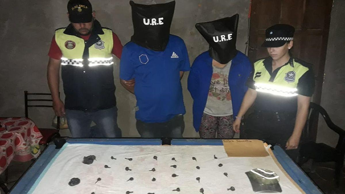 Secuestran drogas, motopartes y dinero en un allanamiento