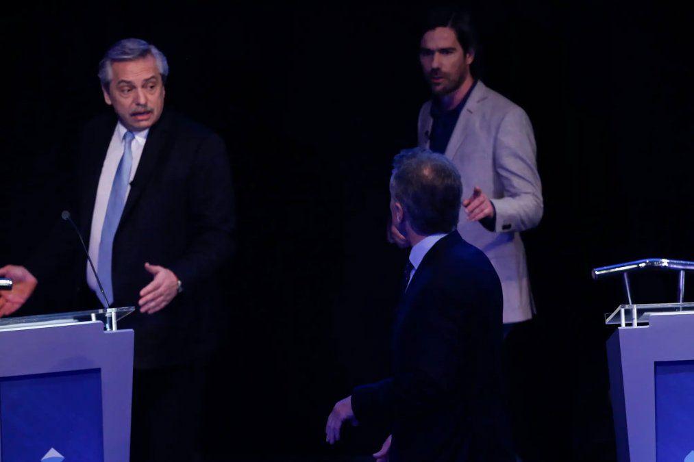 Macri y Fernández se increparon detrás del escenario