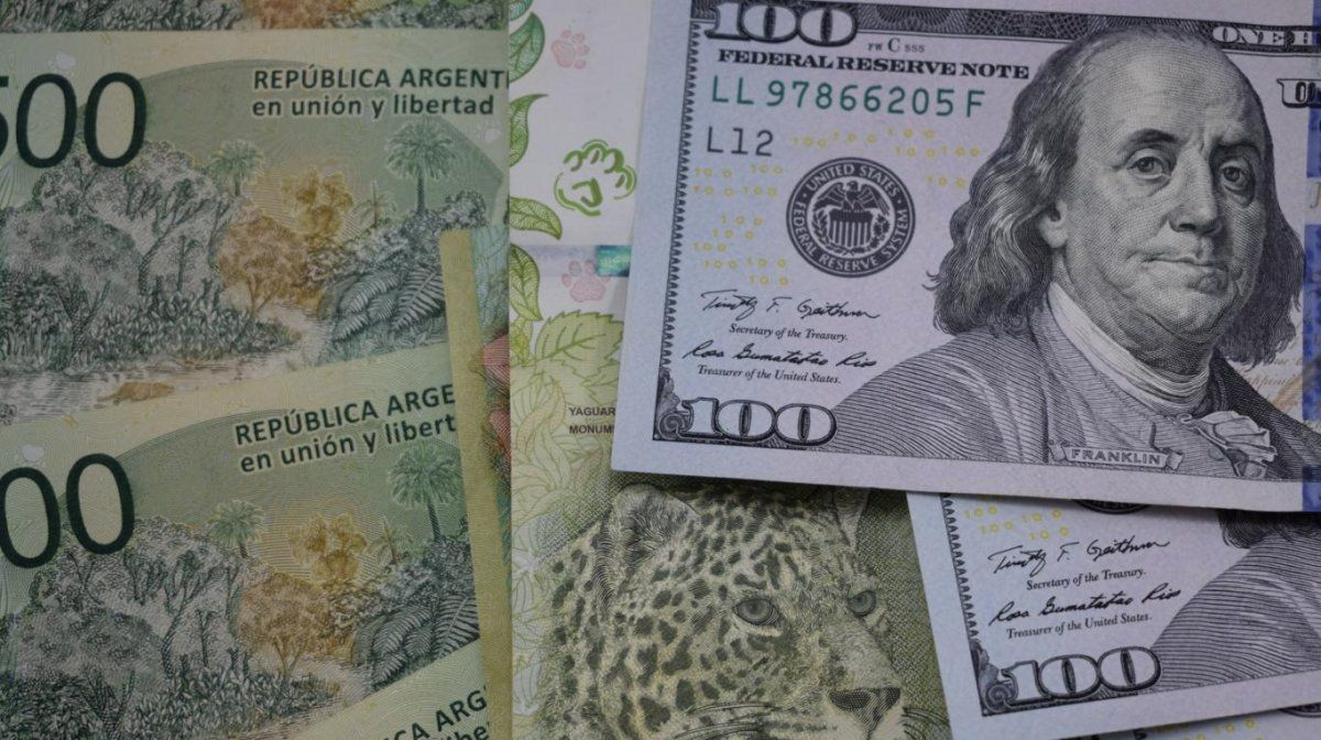 Informe proyecta al dólar de CCL sobre los $100