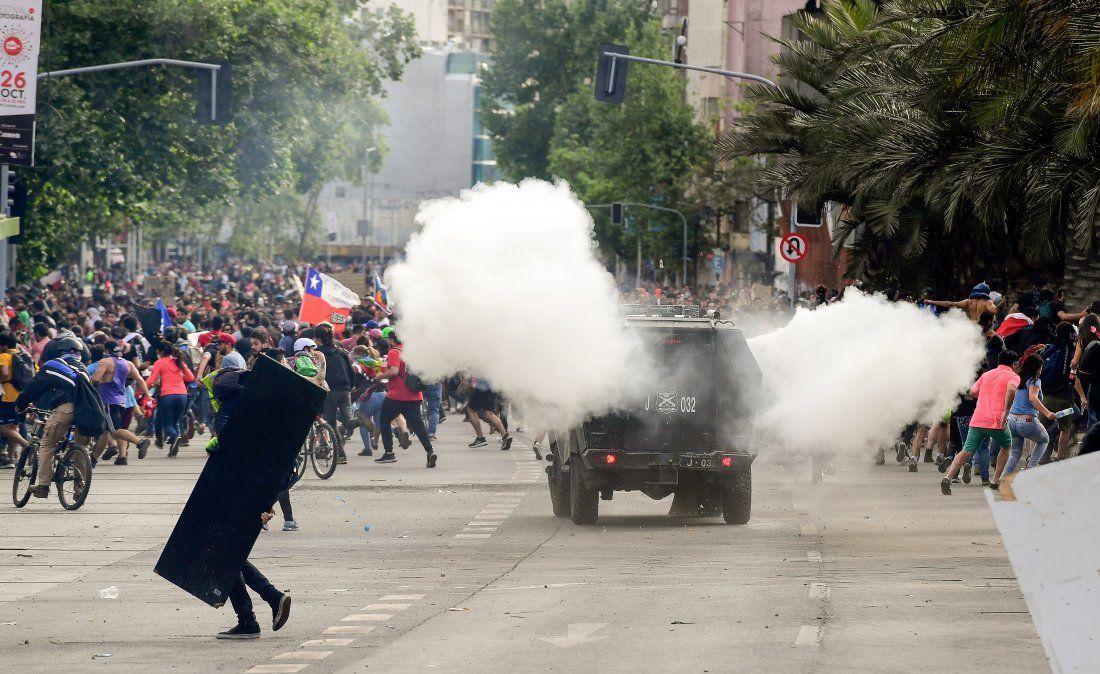 Continúa la tensión en las calles de Chile