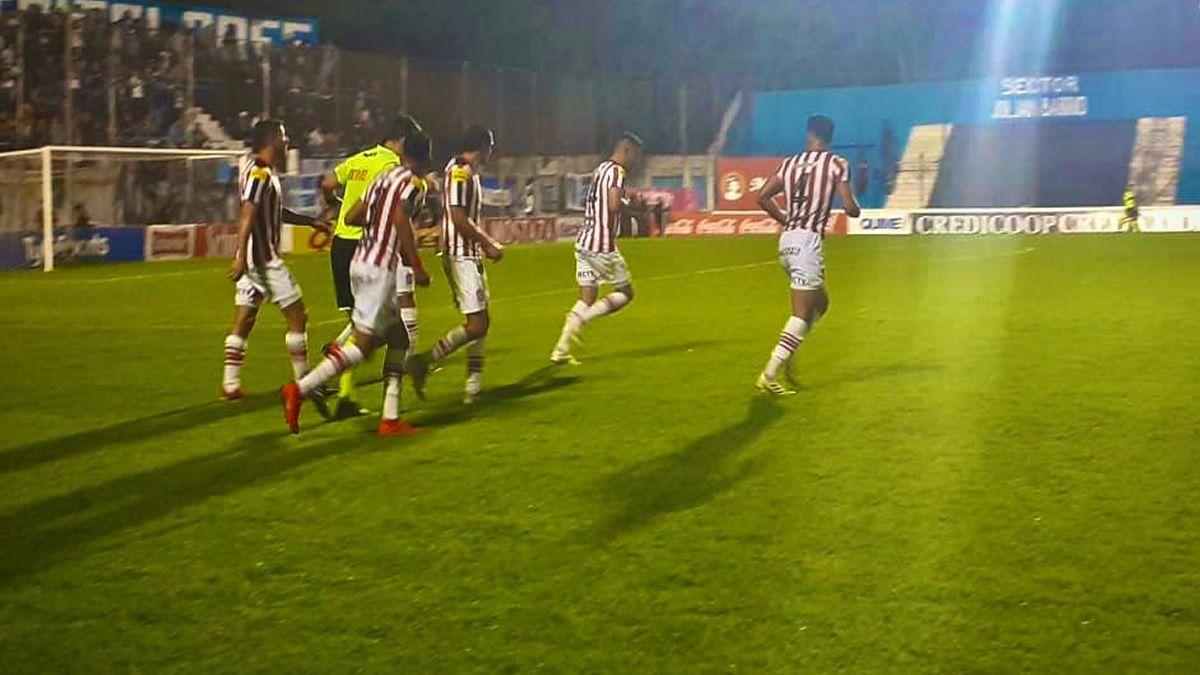 San Martín le ganó 1 a 0 a Almagro y quedó como único puntero