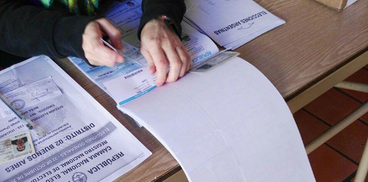 ¿Con qué documentos se puede votar este domingo?