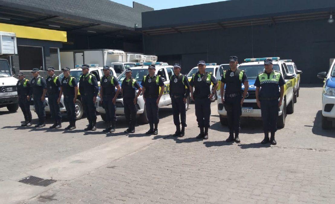 Patrulleros custodiaron el despliegue de las urnas a las escuelas