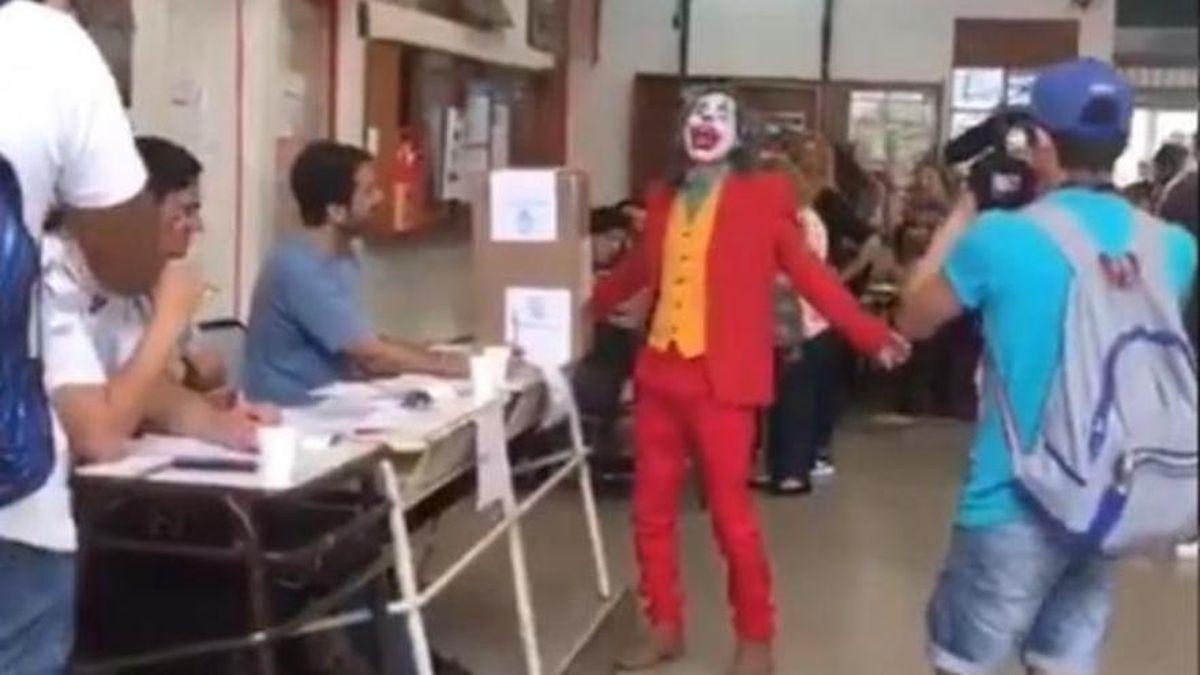 El Guasón votó en Buenos Aires