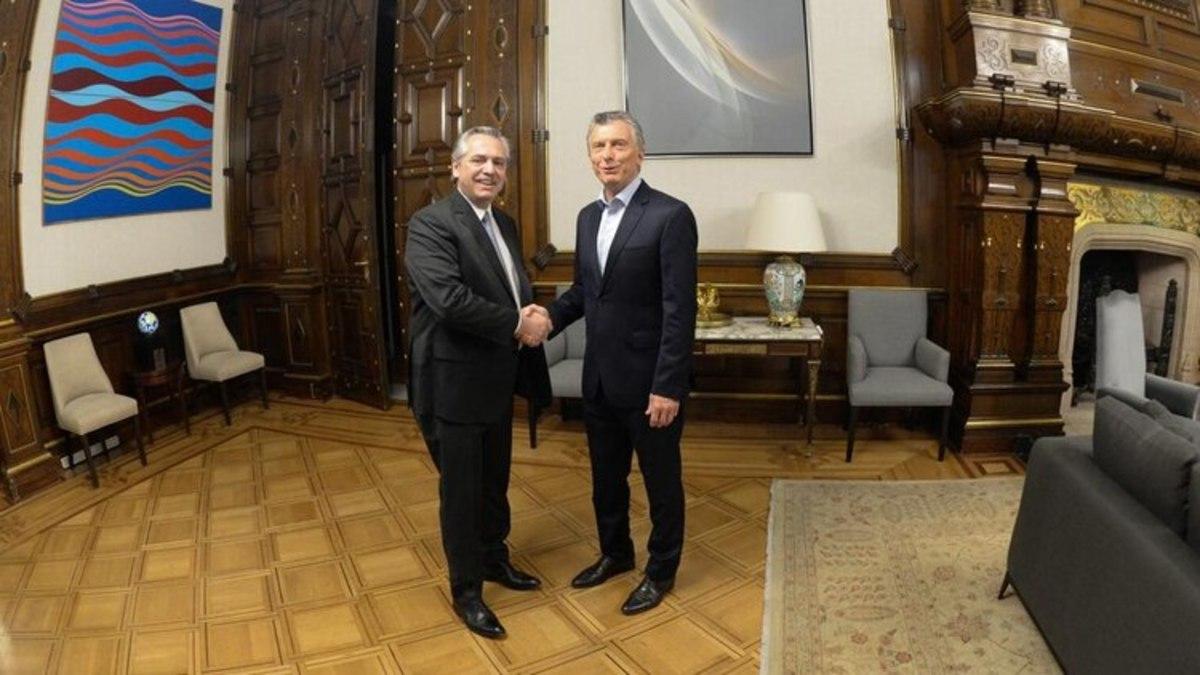 Mauricio Macri recibió a Alberto Fernández en la Casa Rosada