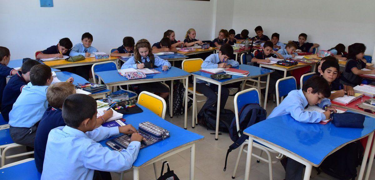 Preocupación de padres por el fuerte aumento en los colegios privados