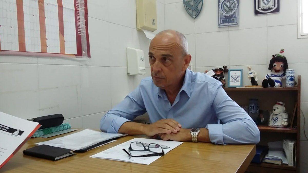 Médico psiquiatra Adrián Helien.