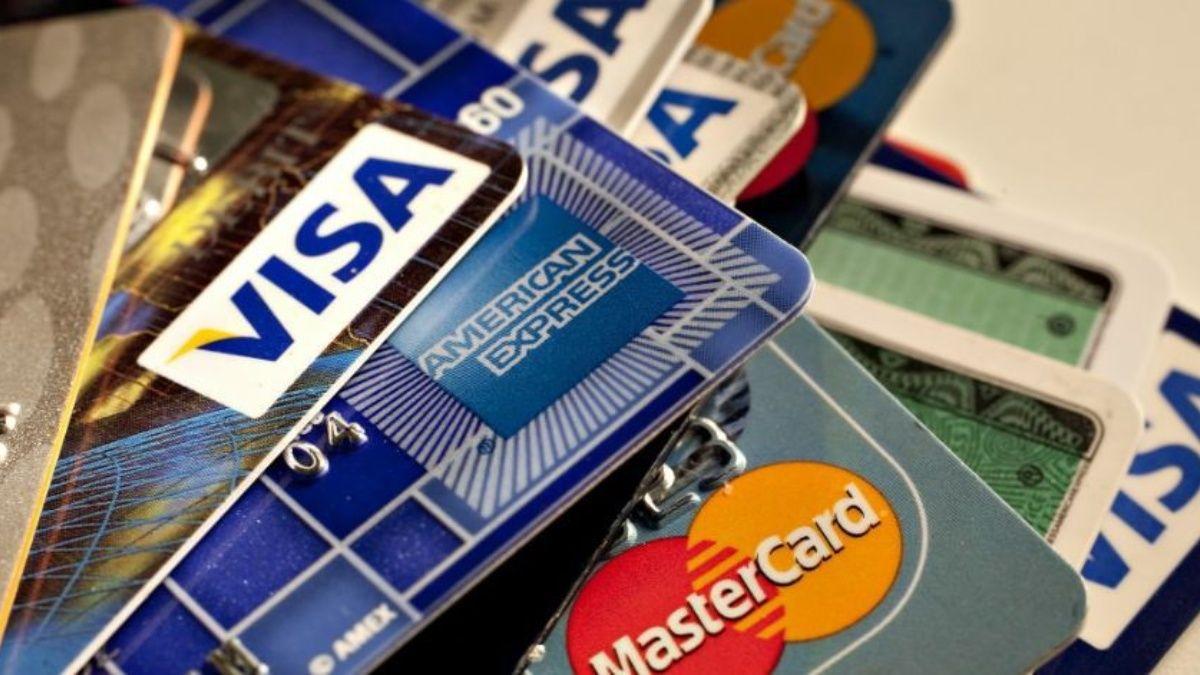 ¿Bajó la cantidad de tarjetas de crédito en el país?
