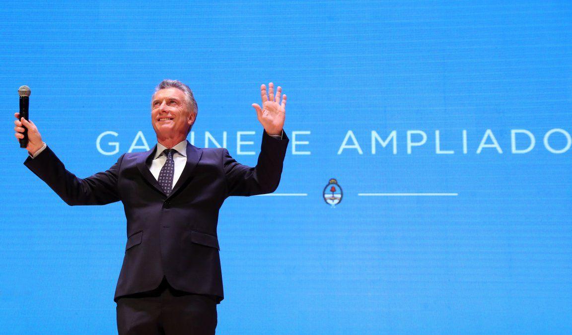 Mauricio Macri convocó la primera reunión de gabinete ampliado tras las elecciones