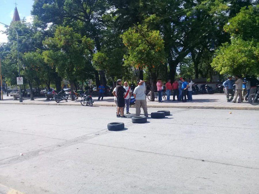 Municipales de Aguilares reclaman el pago de la cláusula gatillo