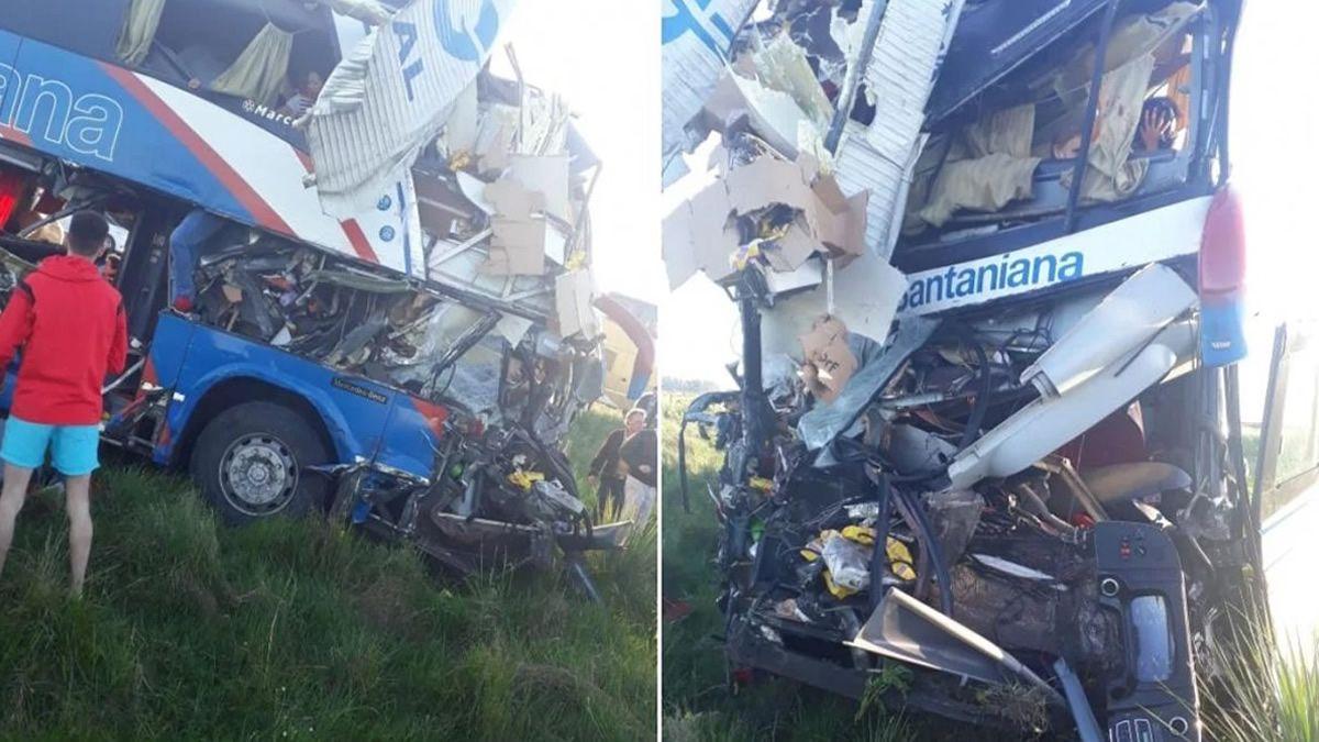 Al menos cinco muertos por el choque de un micro con un camión