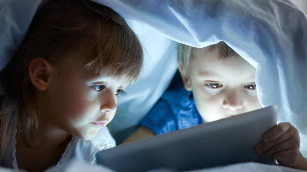 El uso de pantallas comienza cada vez a edades más tempranas a pesar de las recomendaciones.