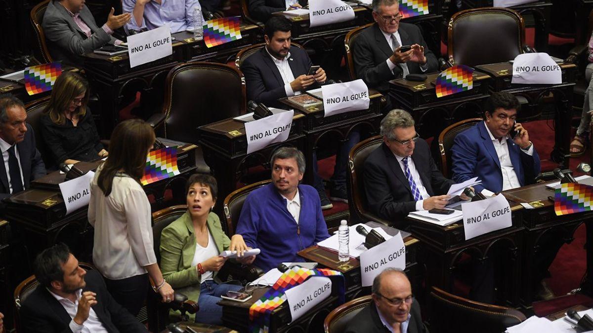 Aprobaron los documentos de repudio al golpe de Estado en Bolivia