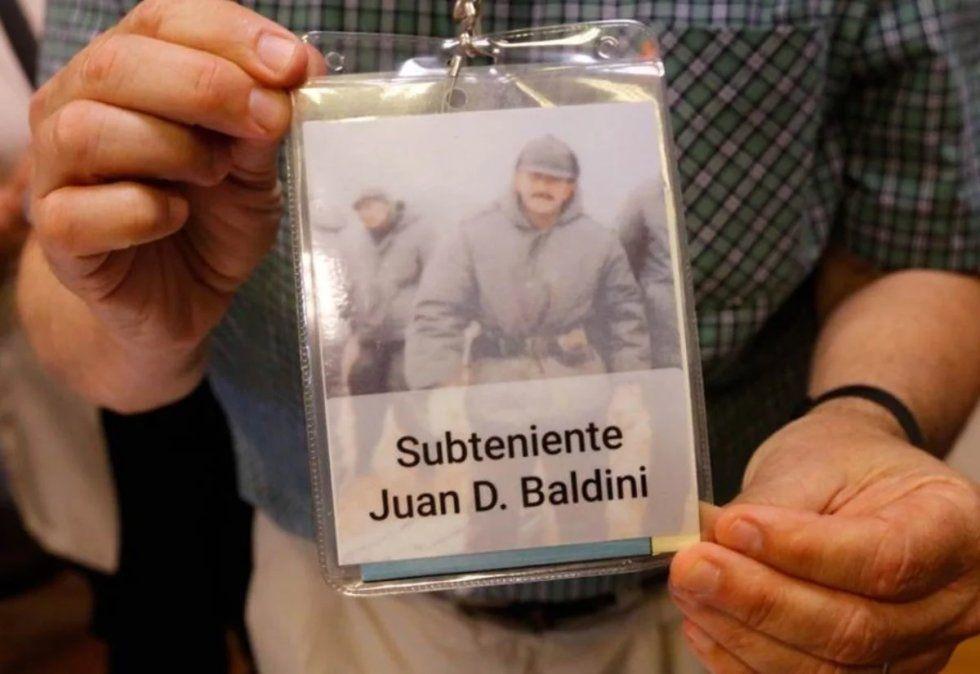 Identifican a un nuevo soldado argentino caído en Malvinas