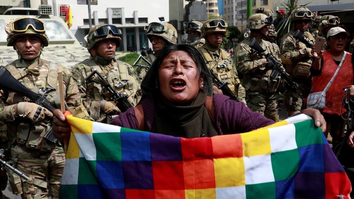 Suman 9 los muertos por el enfrentamiento entre cocaleros y policía