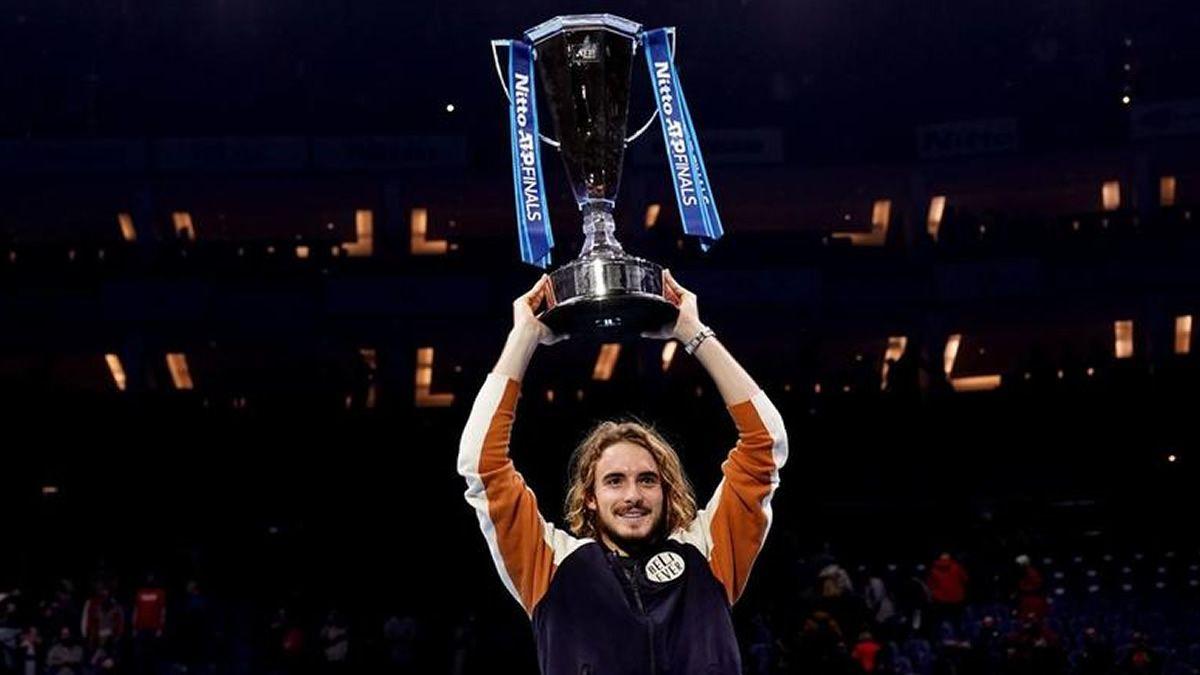 Stefanos Tsitsipas venció a Dominic Thiem y se coronó campeón