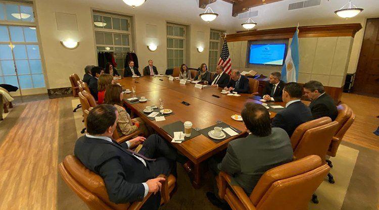 Manzur se reunió con representantes de la Cámara de Comercio de EE.UU