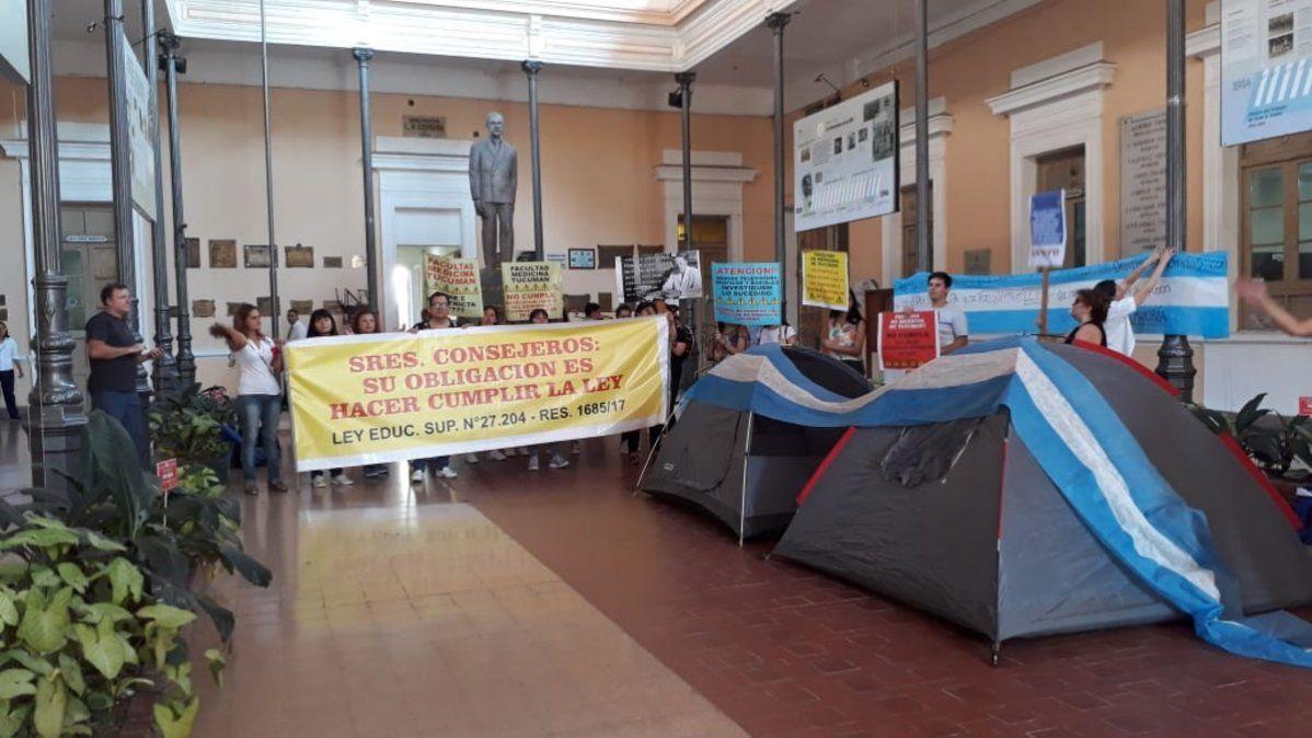 Protesta en contra del cupo en Medicina