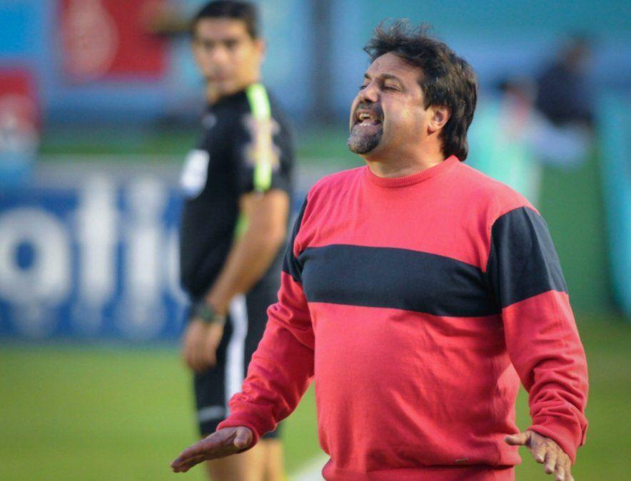 Caruso Lombardi quiere ayudar a Belgrano a volver a primera.