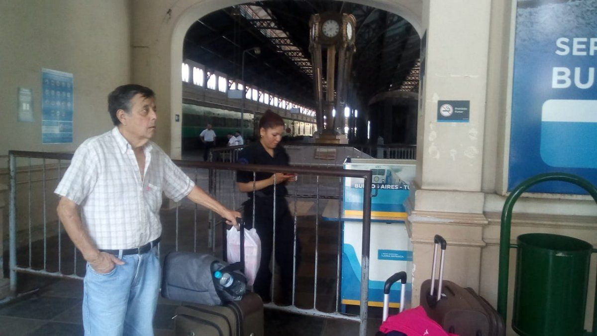 Una odisea para viajar en tren desde Tucumán a Buenos Aires