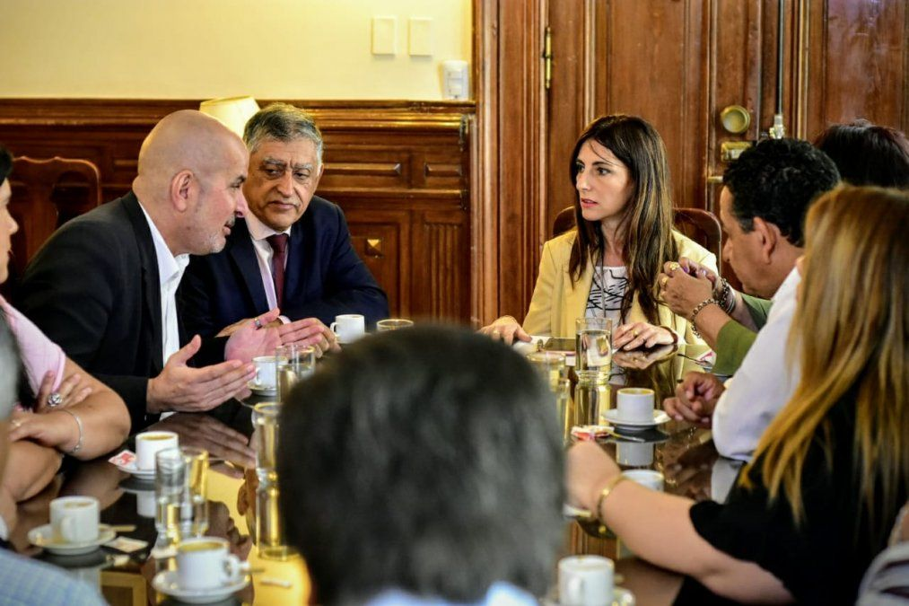 La ministra de Gobierno inició una ronda de reuniones con los gremios