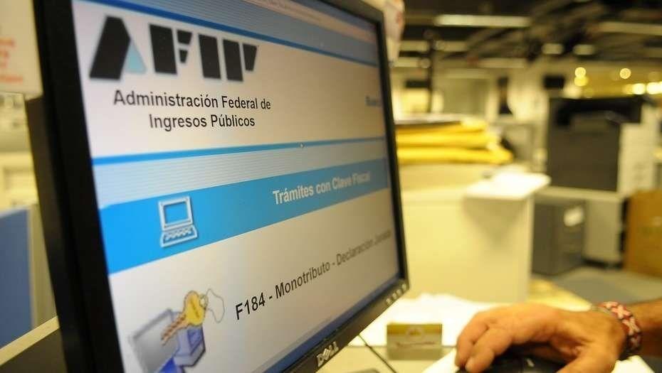 Postergan retención de IVA y Ganancias en pagos electrónicos