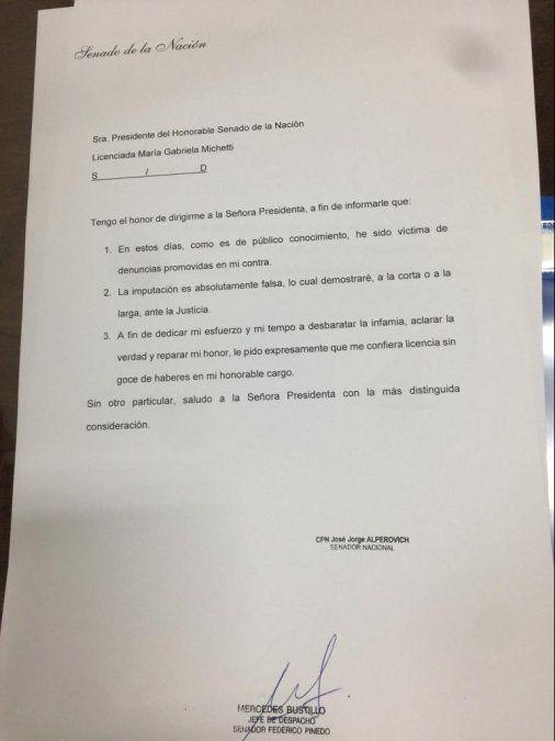 José Alperovich solicitó una licencia tras ser denunciado