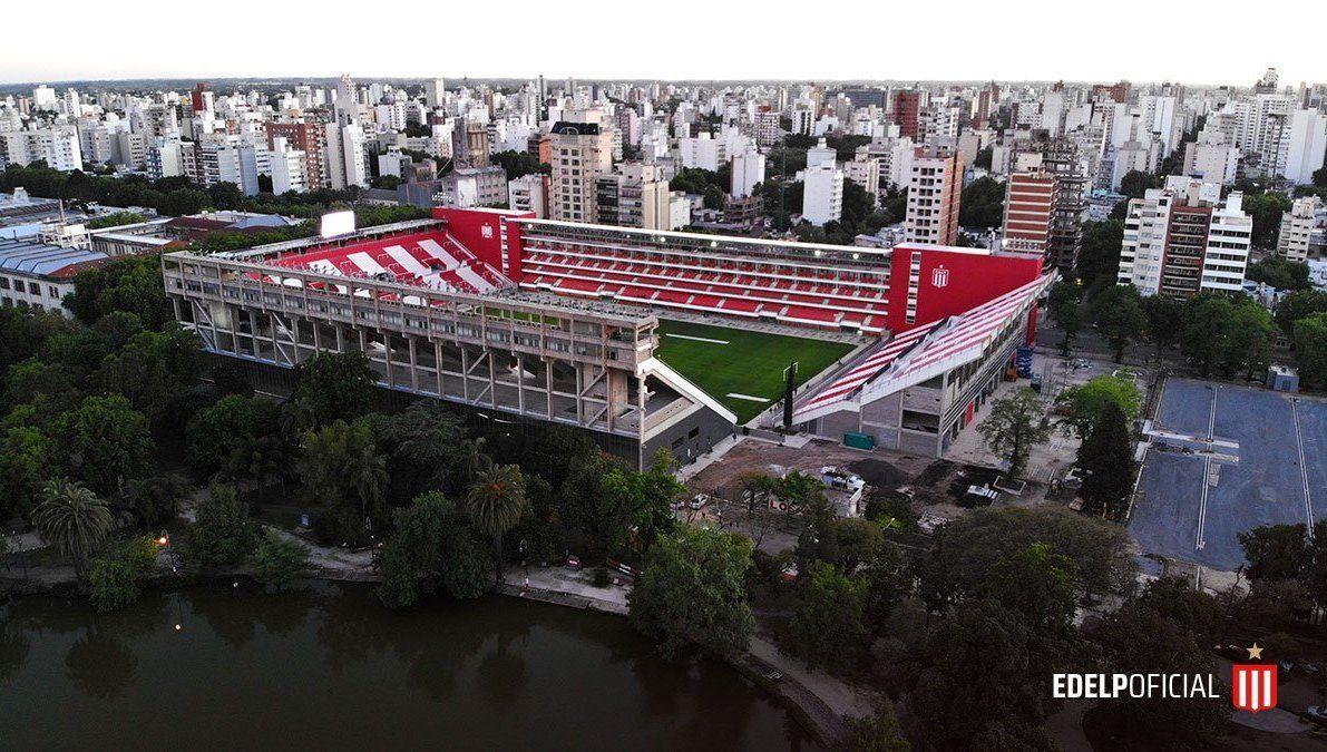 Estudiantes estrena su estadio
