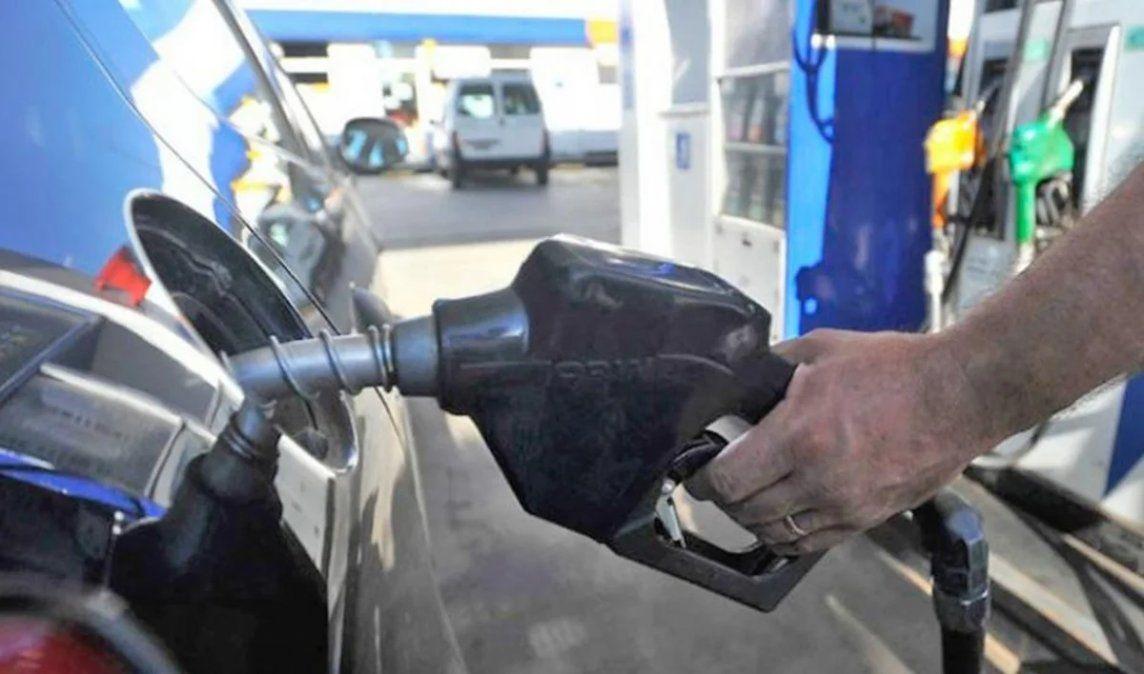 Actualizaron impuestos a los combustibles: ¿sube la nafta?
