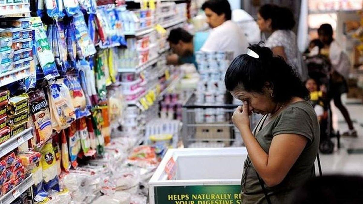 Ventas minoristas sufren una caída del 7,1% interanual en noviembre