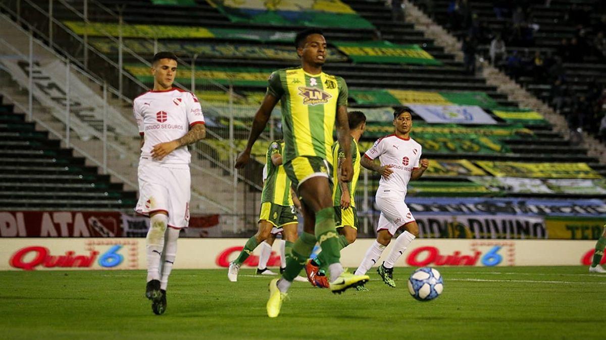 Aldosivi e Independiente igualaron 0 a 0 en un pobre partido