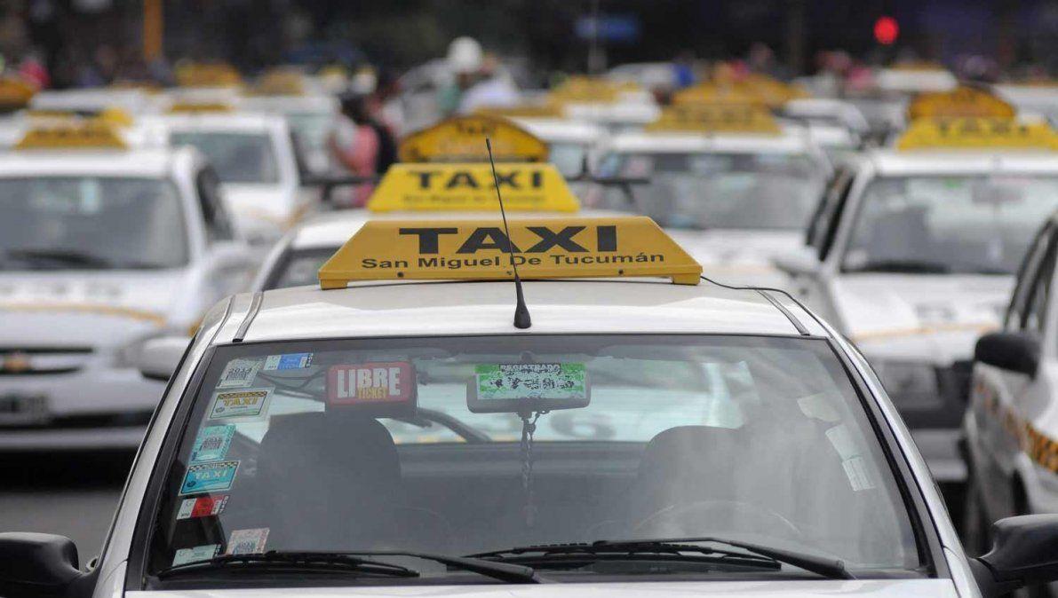 Taxistas piden ampliar la antiguedad de los autos y una tarifa nocturna